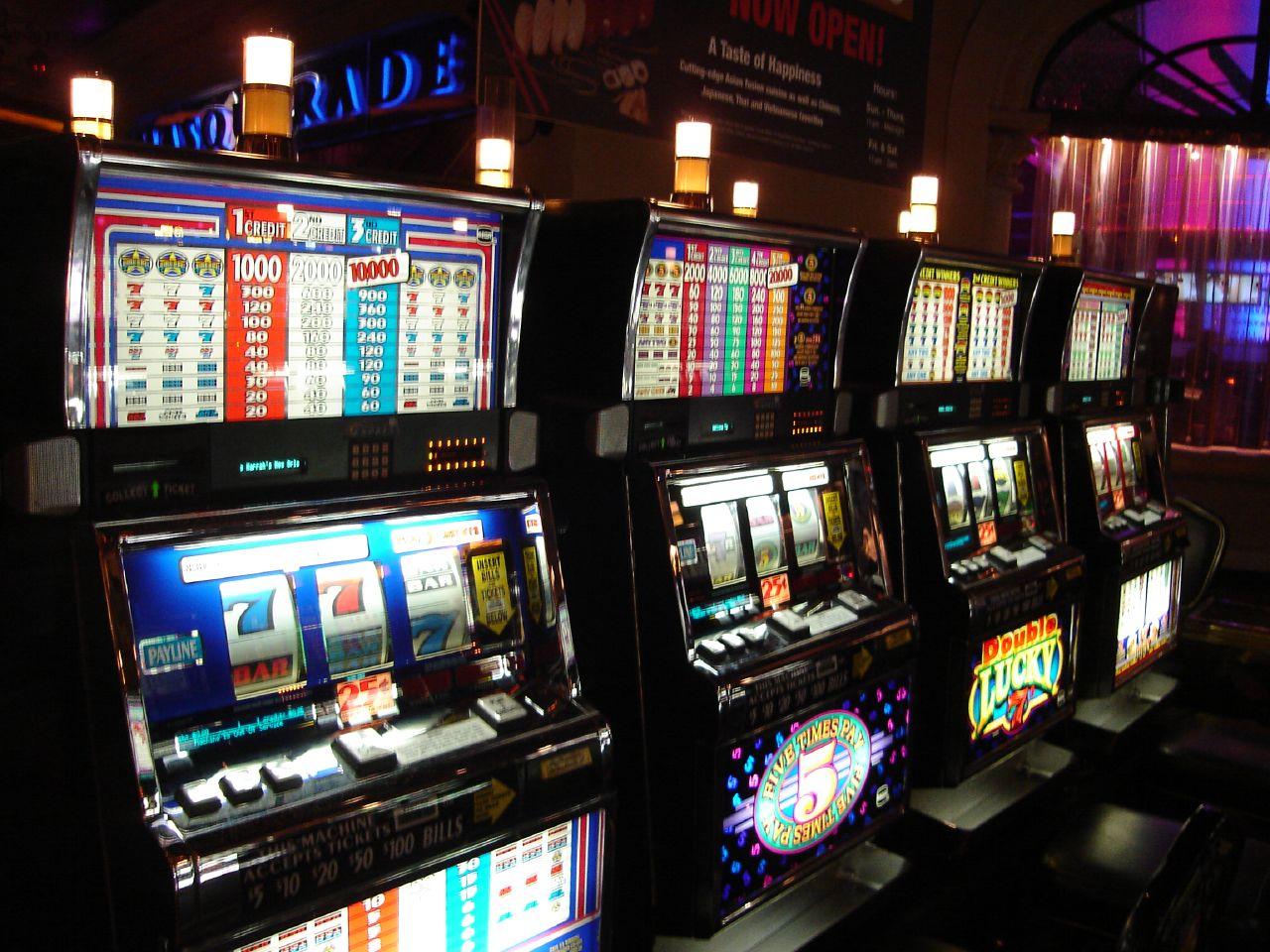 On-line игровые автоматы игры майнкрафт играть проходить карты