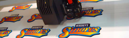 печать рекламных стикеров